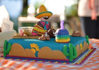 Bolo aniversário Mexicano