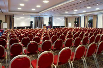 Imagem da primeira e última reunião do Congresso Nacional de Introvertidos